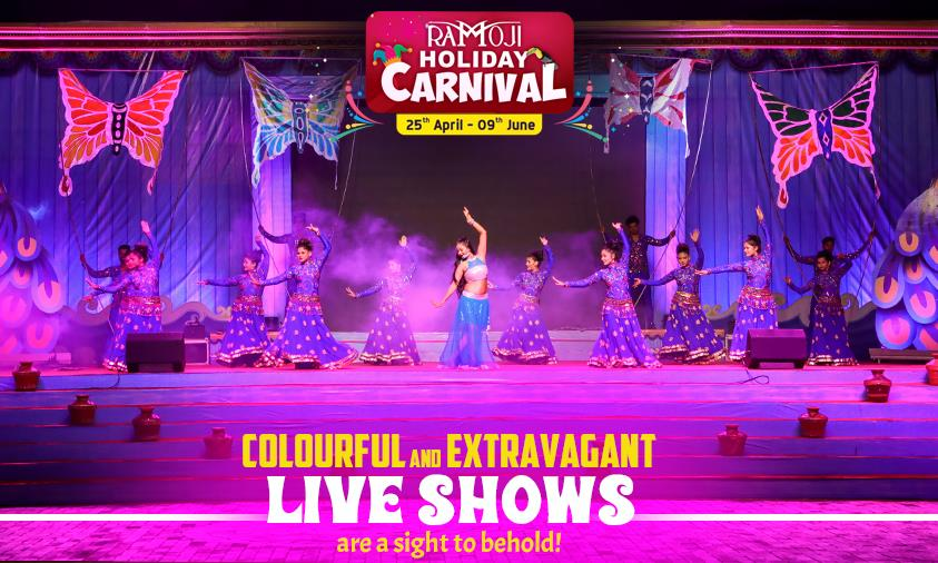 Holiday-Carnival-Stage-Show